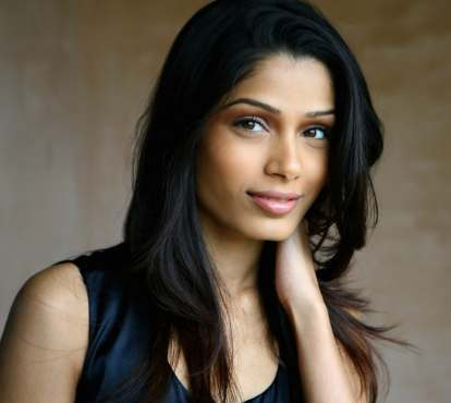 Freida Pinto Wiki, Age, Biography, Height, Husband, Family ... Freida Pinto Height