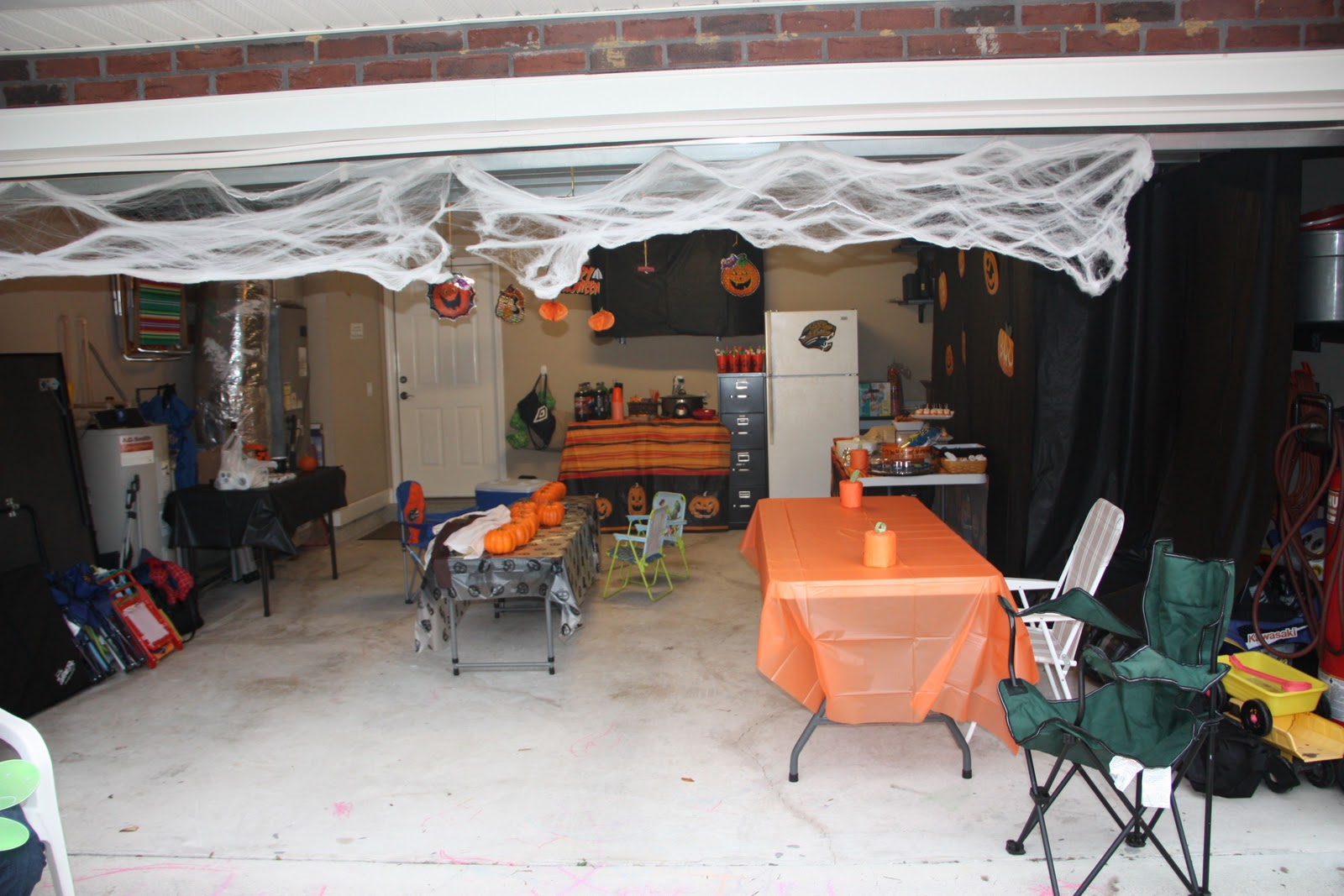Garage Party Ideas - Home Design Inside on Garage Decoration  id=51598
