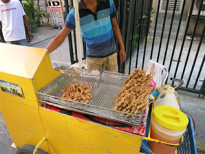 Food on wheels; Manila food carts