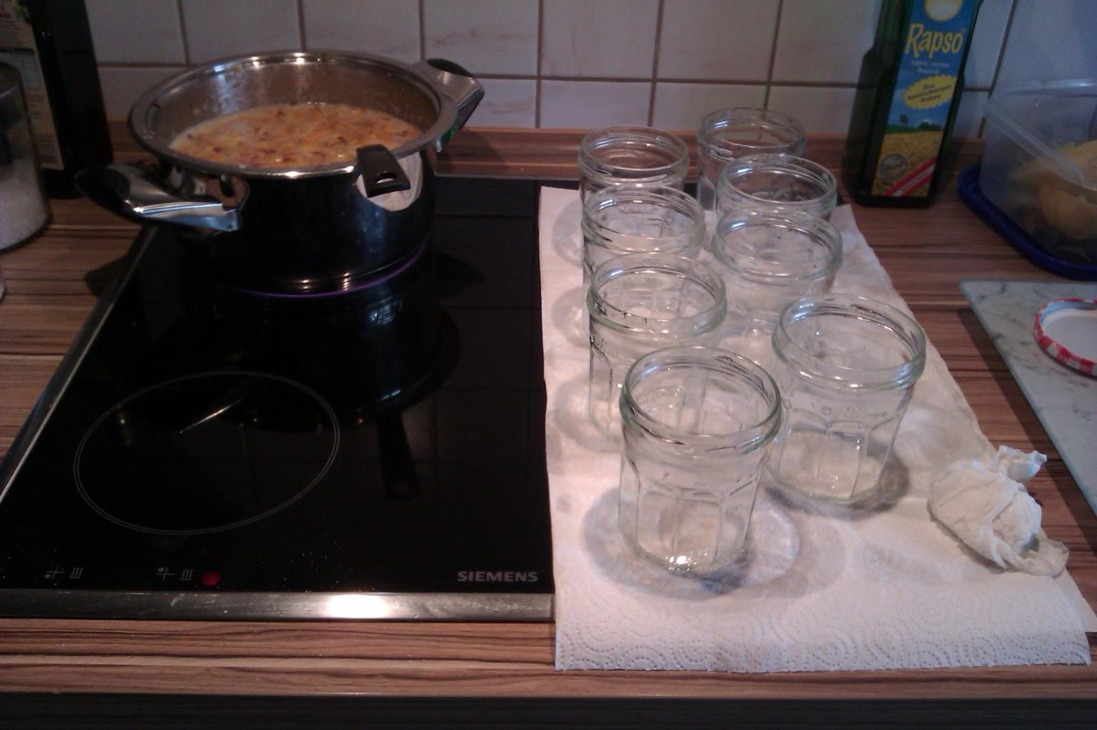 welcome to miss cataleyas blog marmeladenzeit geh kelte marmeladenglas hauben. Black Bedroom Furniture Sets. Home Design Ideas