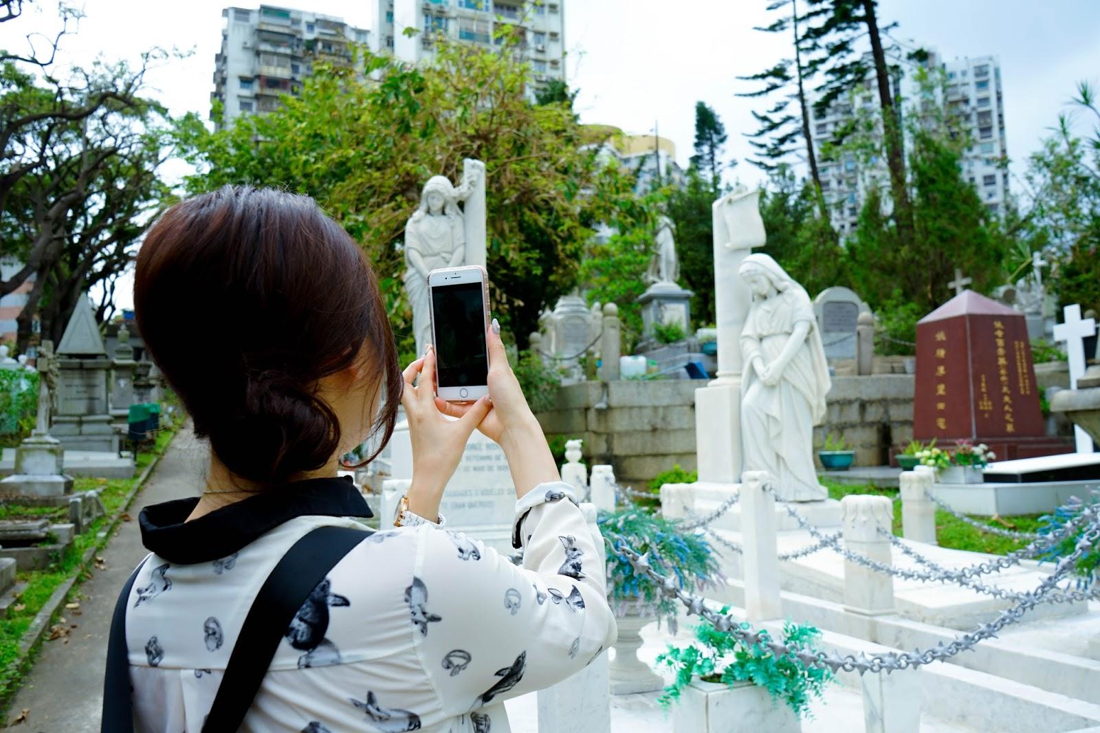 beautyanxiety.com-St. Michael's Chapel and Cemetery-beautyanxiety.com-St.%2BMichael%2527s%2BChapel%2Band%2BCemetery-DSC09869.jpg