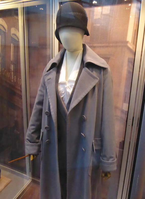 Porpentina Goldstein Fantastic Beasts film costume