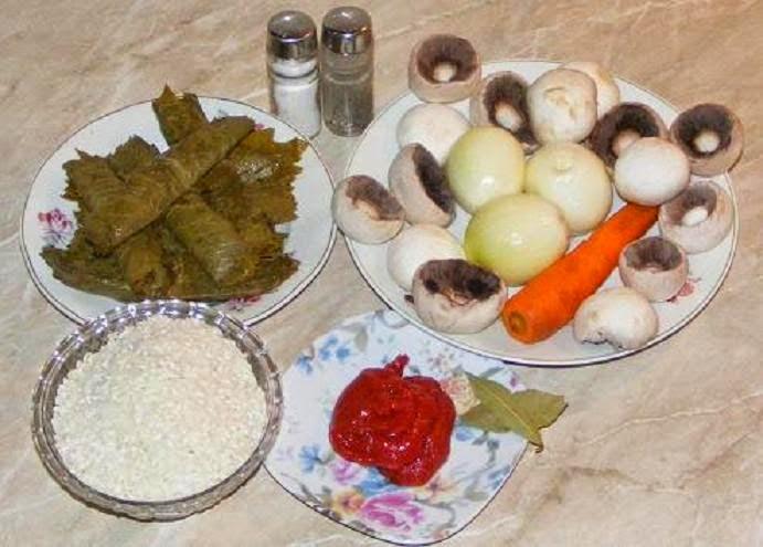 ingrediente sarmale in foi de vita de post cu orez si ciuperci