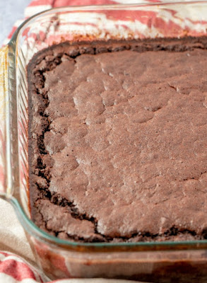 pan of chocolate brownie baked oatmeal fresh from the oven