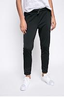 pantaloni-de-trening-femei11