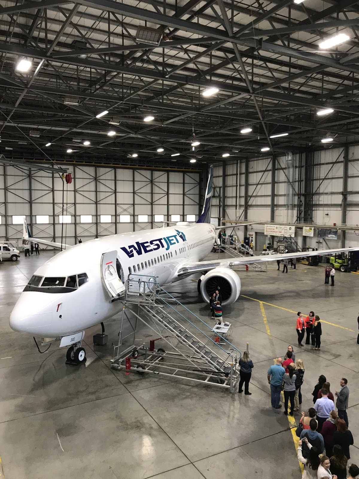 Rewards Canada: The unveiling of WestJet's 737 Max 8 with photos and