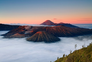 Mount Bromo Midnight,Madakaripura Waterfall Tour 1 Night 1 Day