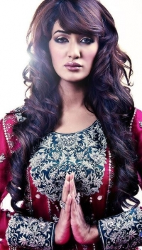Mathira Photos