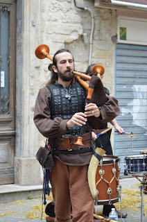 https://a1z2e3r.deviantart.com/art/medieval-musician-of-french-bagpipe-613176025