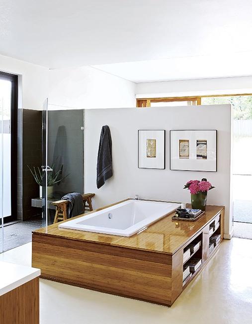 baño con bañera de hidromasaje chicanddeco
