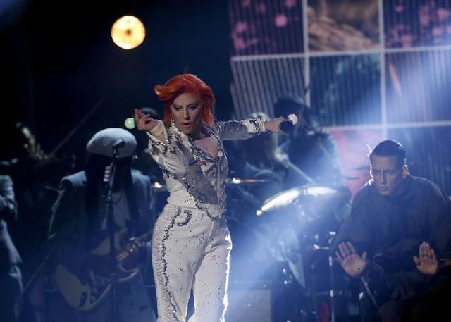Intel y Lady Gaga se juntan en una experiencia musical increíble en el 58º GRAMMY® Awards