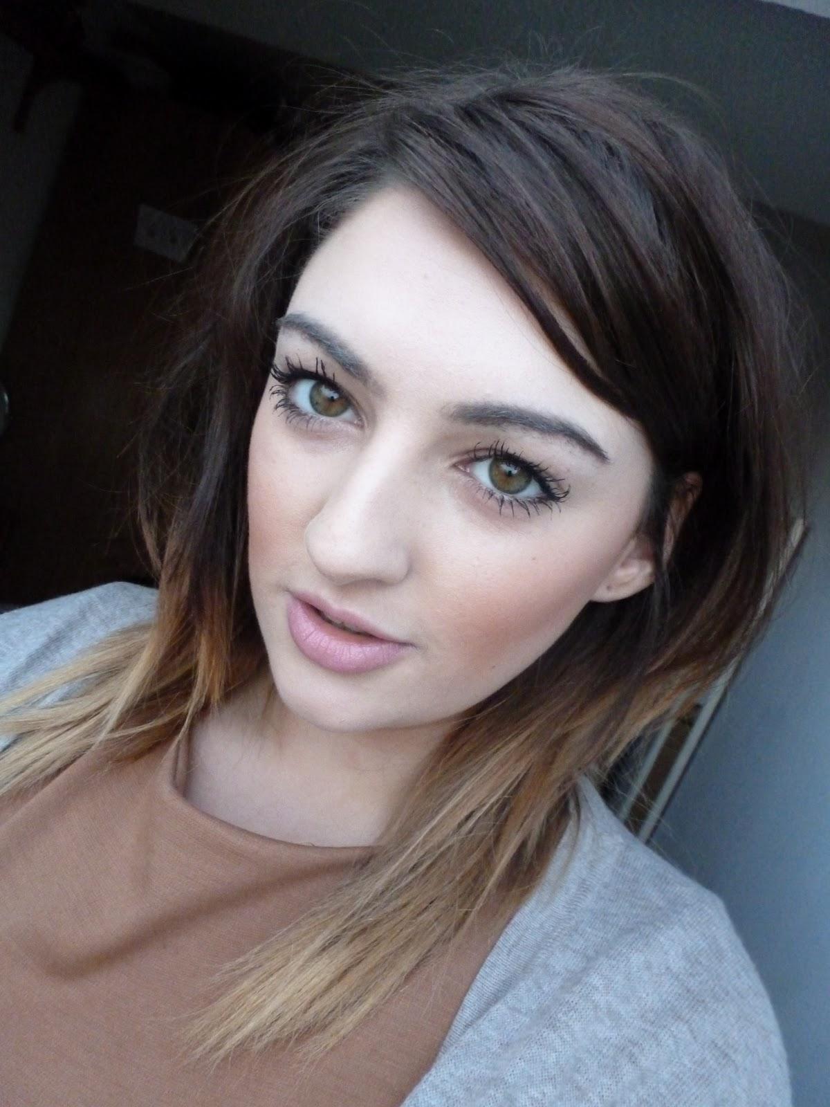 Little_wood :: UK Lifestyle & Beauty Blog: MAC Melba Blush