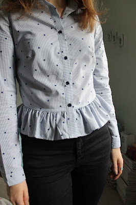 OOTD: Primark star peplum shirt and high waisted jeans, Primark, Peplum, Star Print, Star Print Shirt, Fashion, Fashion Blogger, Outfit, Outfit Of The Day