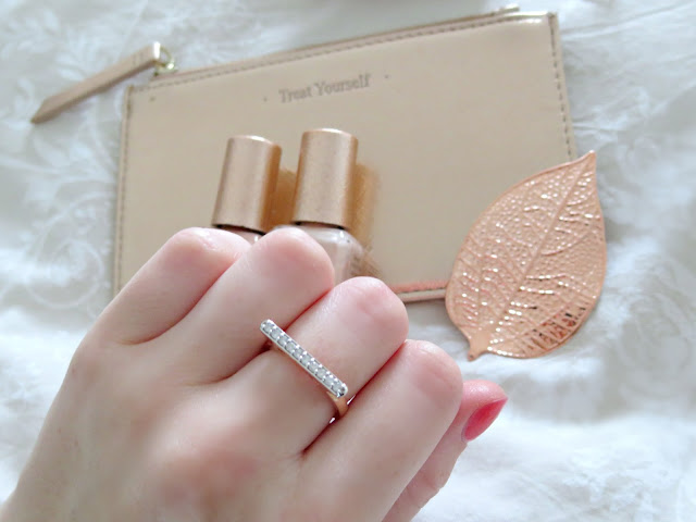 Gemporia Bridge Collection Mini Rose Gold Diamond Stacking Ring