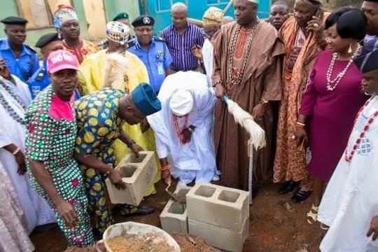 Olota of Ota, HRM OBA (PROF.) ADEYEMI ABDUKABIR OBALANLEGE lays foundation for the new Police Station