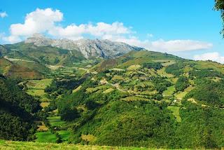 vista de la zona del alto de La Cobertoria desde la ruta