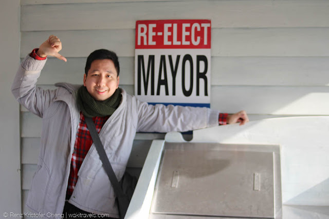 Re-elect as Mayor Universal Studios