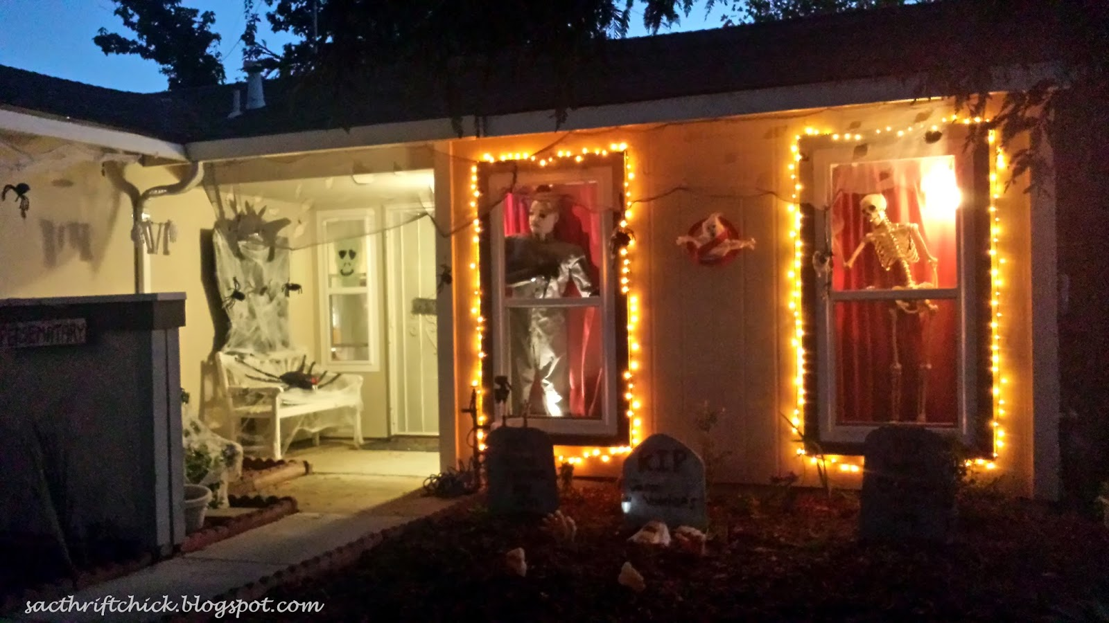 diy scary movie themed halloween decorations nightmare before christmas ghostbusters friday the 13th and more