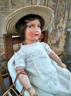 Muñeca de PM Estudio en el desembalaje de Noja