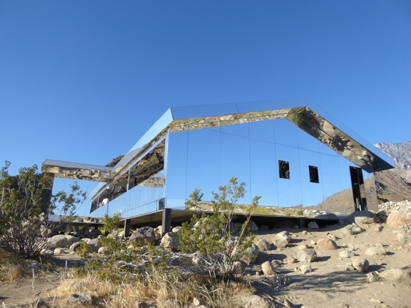 Mirage mirror house Palm Springs