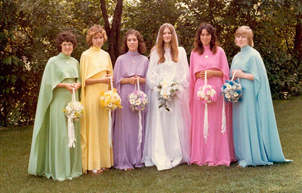 22 Super-Kitch Retro Bridesmaids Dresses Prove How Much Traditions Have Changed