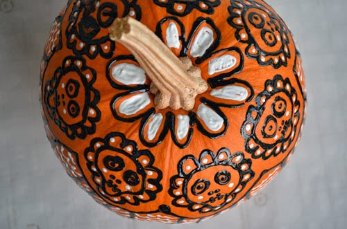 silvia s swell skull pumpkin. Black Bedroom Furniture Sets. Home Design Ideas