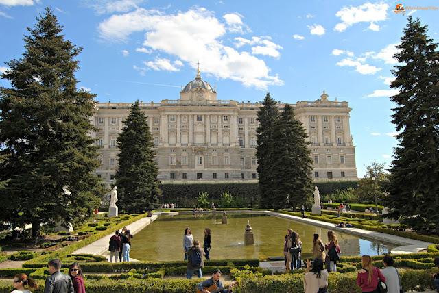 giardines de sabatini, palazzo reale, Madrid, cosa vedere a madrid, itinerario a madrid, due giorni a Madrid, blogger madrid
