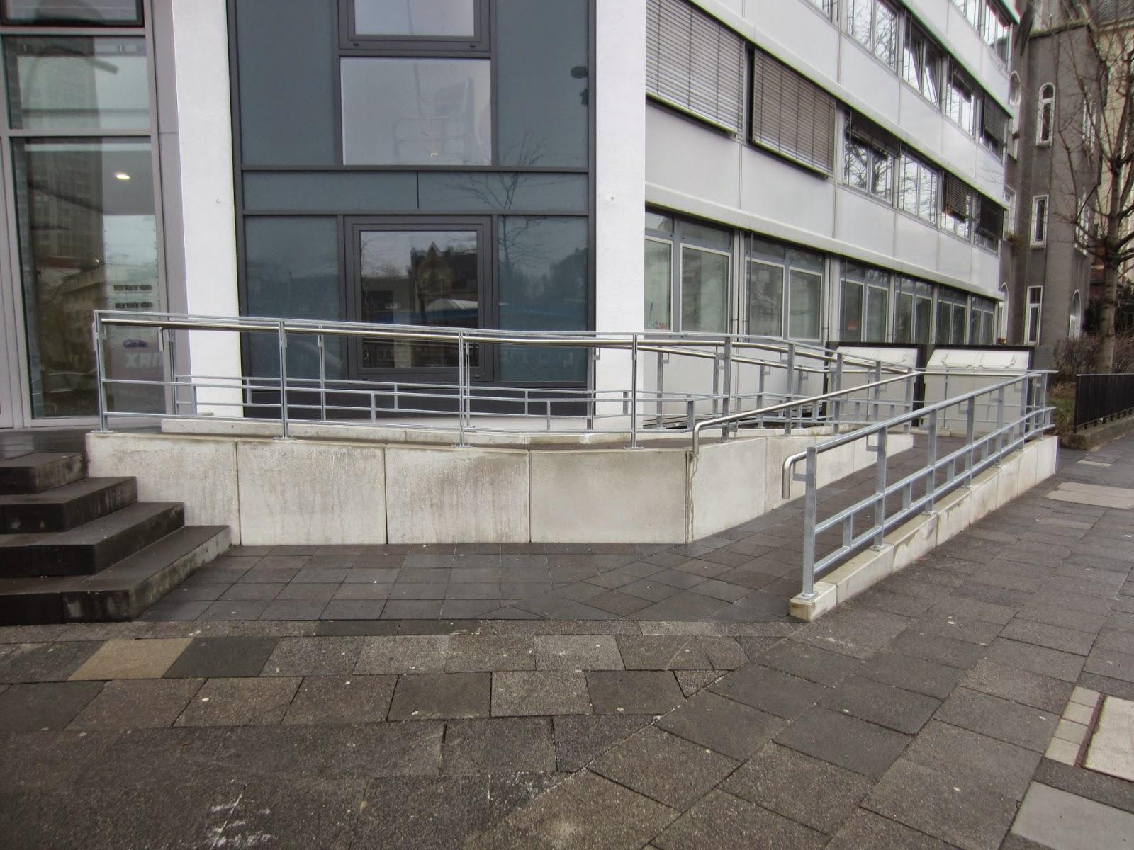 Gel nder rollstuhlrampe fr bel metallbau - Treppe rampe fur rollstuhl ...