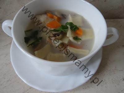 Zupa pieczarkowa z łazankami