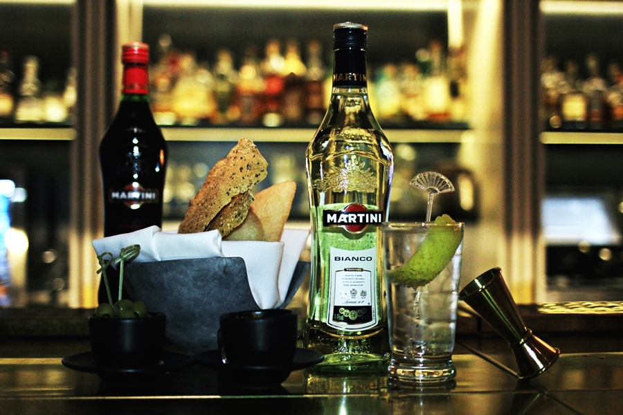 martini aperitif drinks party