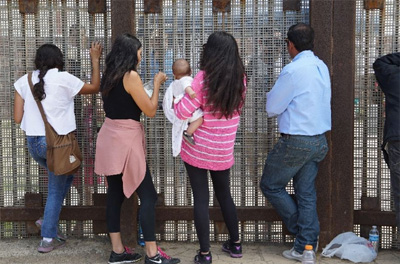 US election 2016: Life on the US-Mexico border