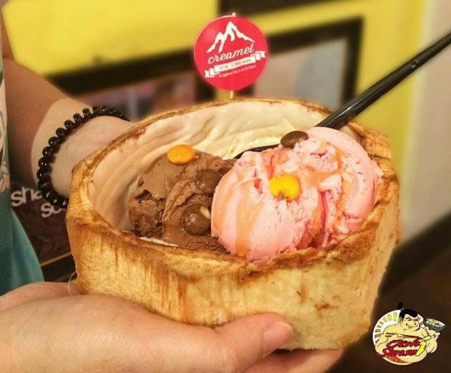 Lezatnya Es Cream di Atas Tempurung Kelapa