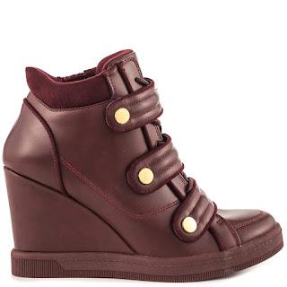 Toko Sepatu Casual Pria Branded
