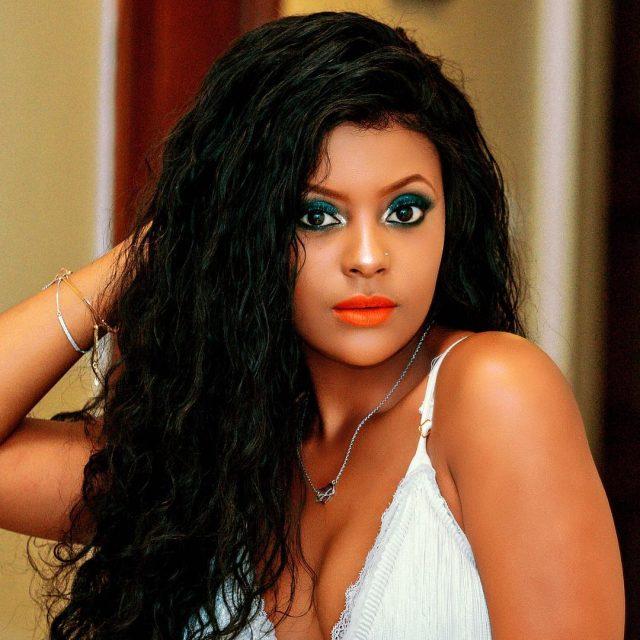 Mimi Mars - Niguse