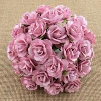 http://scrapkowo.pl/shop,kwiaty-dzikie-roze-rose-pink-30mm-5szt,4581.html