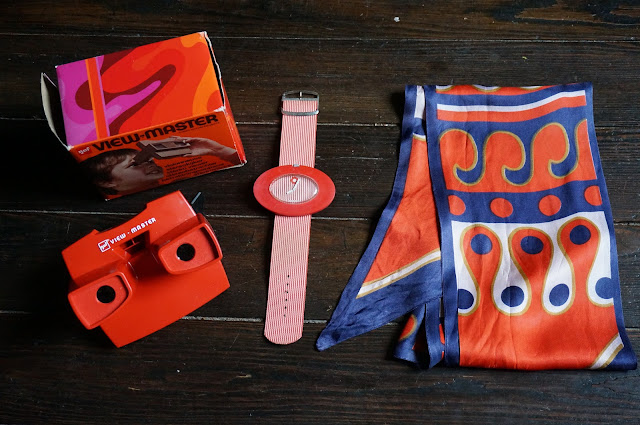 vintage view master in box huge giant pop watch silk abstract print mod scarf 1960s 1970s 60s 70s montre foulard annes 60 70