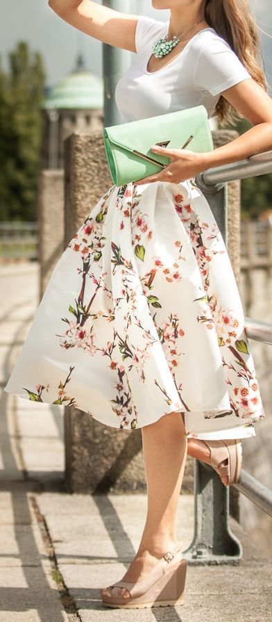Street Styles to Pop up Your Skirts #StreetStyles