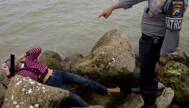 Berita Seputar Tuban Tuban News Online Seputartuban Tuban – Ditemukan Mayat Perempuan Mrs X Di Pantai Boom Tuban