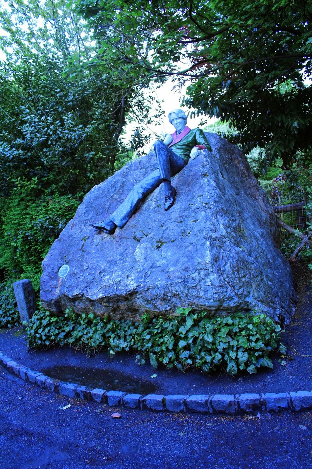 Estatua-de-Oscar-Wilde