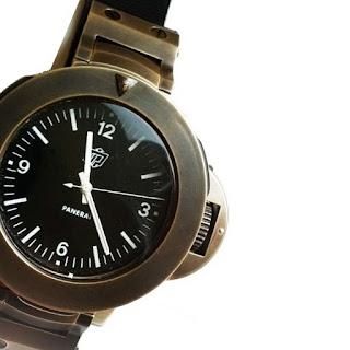 History of Bronze and watches article Pre-Vendome%2BPanerai%2BMille%2BMetri%2BBronzo%2BPrototype%2B1980%2B%2528crop%2529