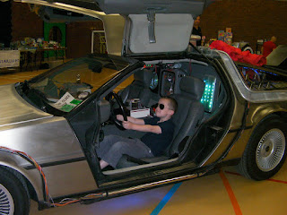 film and comic convention delorean car