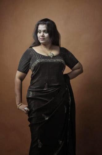 Bra less sri lankan actress photos
