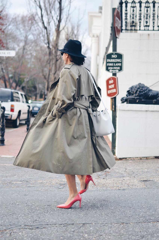 Pink heels street style