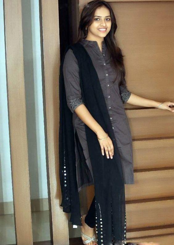 Actress Sridivya Latest Images
