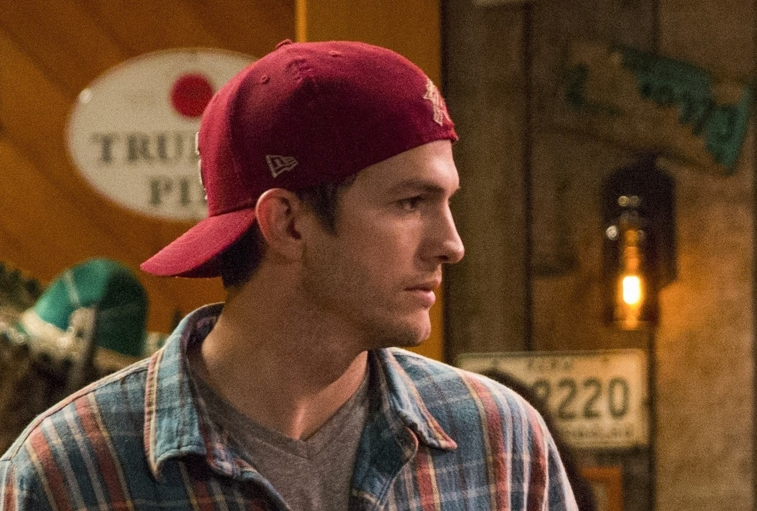 Ashton Kutcher es Colt en The Ranch