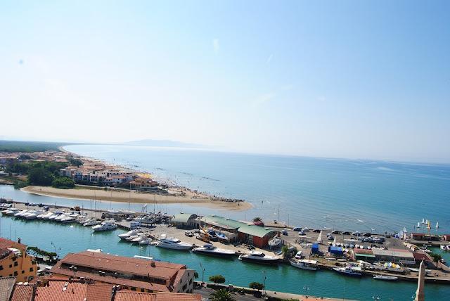 http://www.assiashahin.com/2015/07/a-seaside-adventure-in-castiglione.html