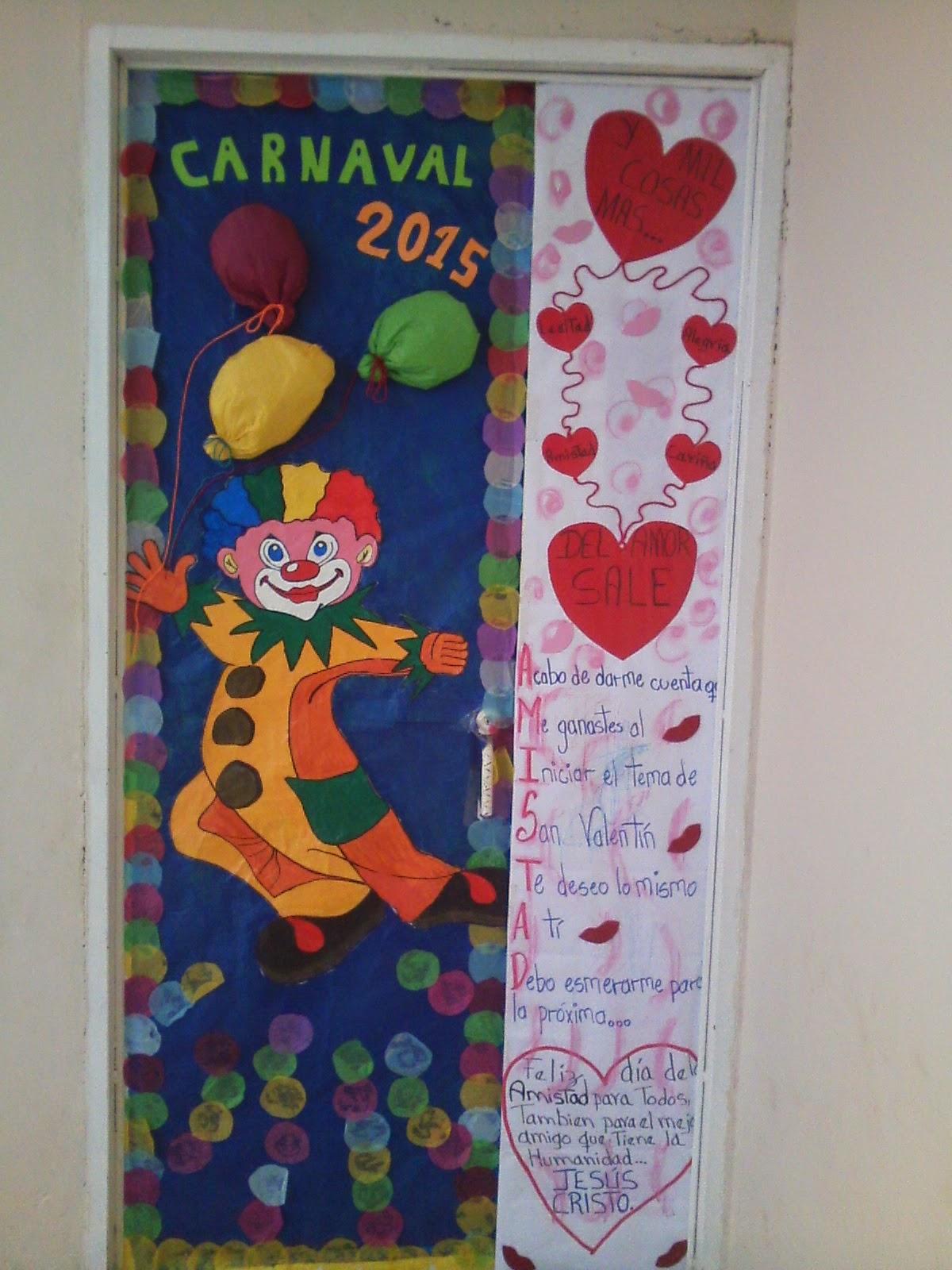 Cajitas de sue os abril 2015 for Puertas decoradas para el 10 de mayo