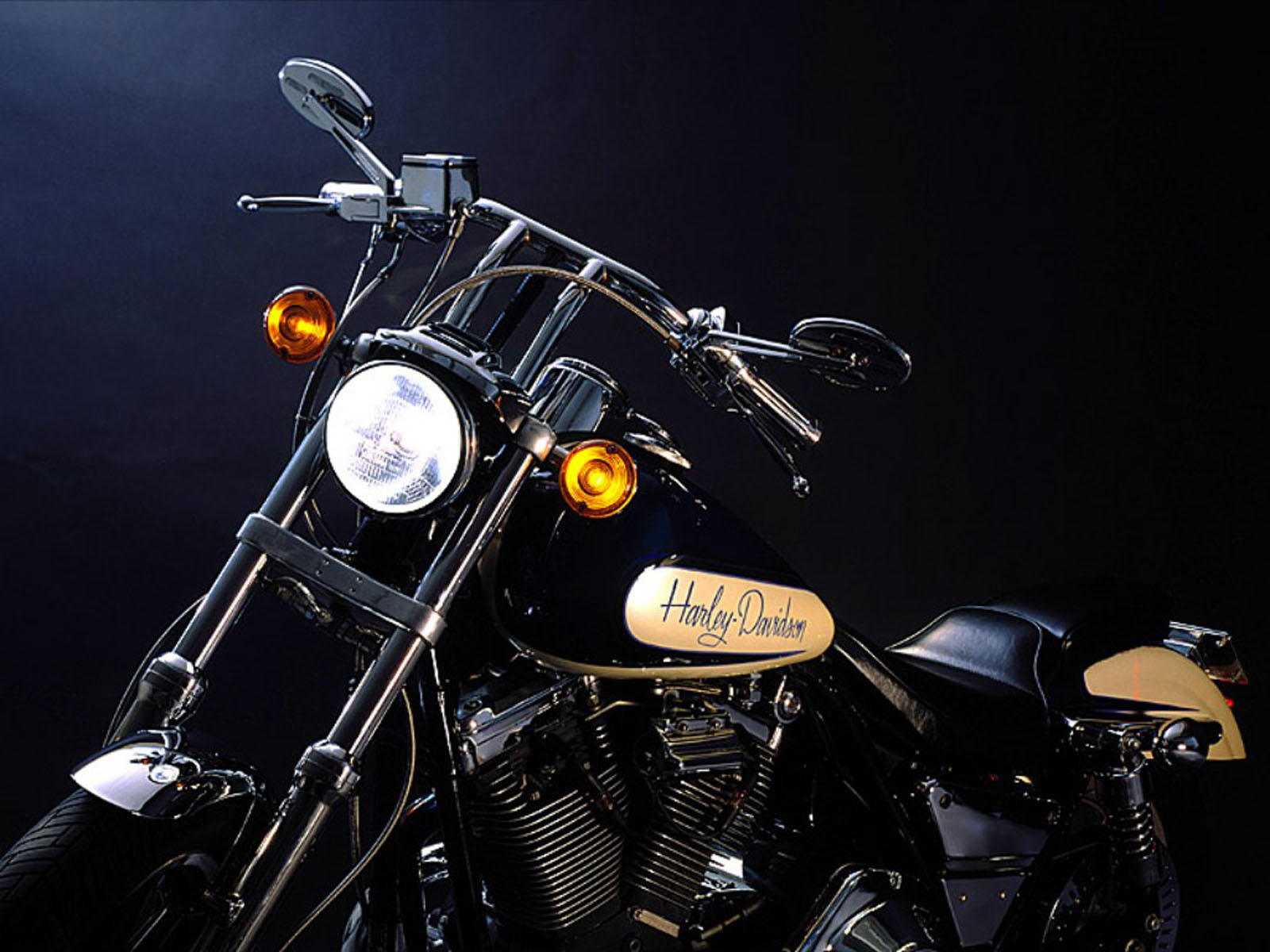 wallpapers: American Harley Davidson Bikes Wallpapers