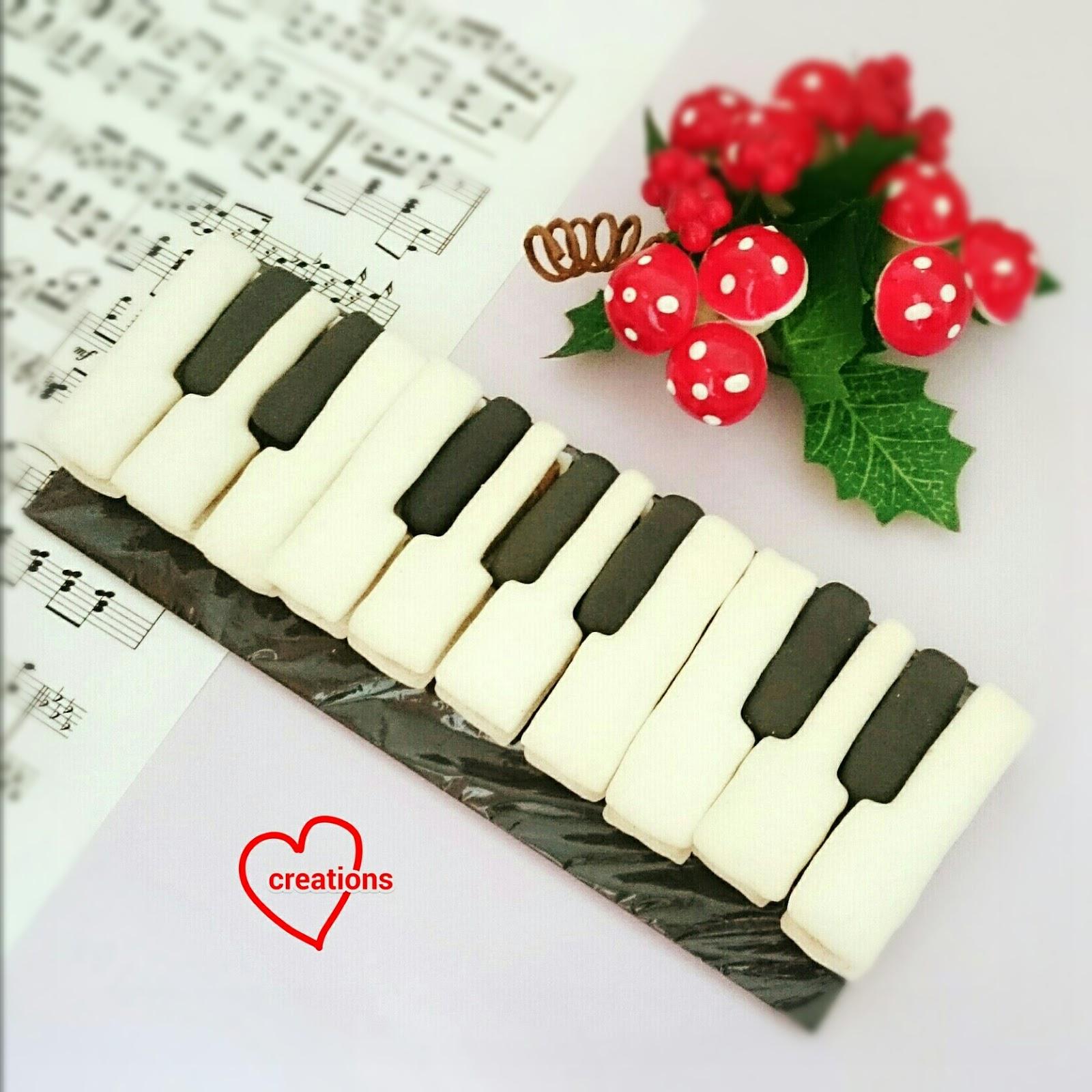 Piano Keyboard Macarons Template Provided