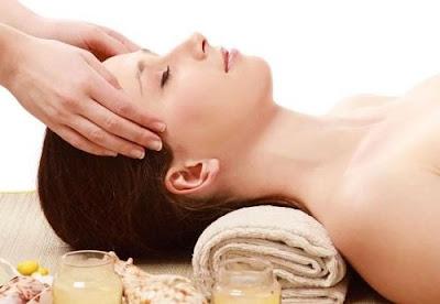 Doanh nhân Phan Đức Linh chia sẻ cách massage vùng thái dương